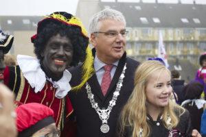 Steun de burgemeester van Zaanstad tegen de Zwarte Piet-haat!