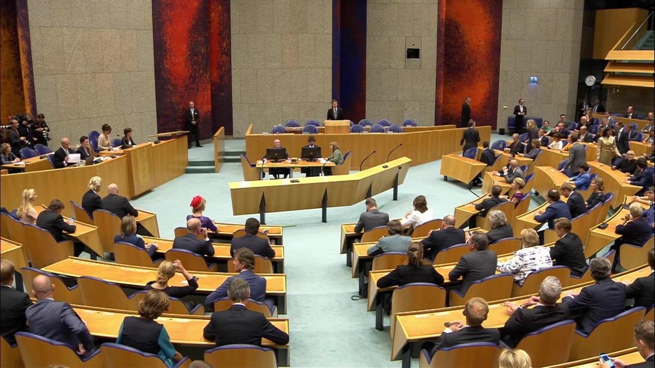 Genderideologie is door de Tweede Kamer, alleen SGP en PVV tegen