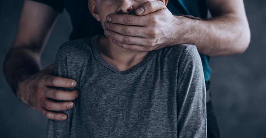 7 tekenen dat pedofilie in opkomst is