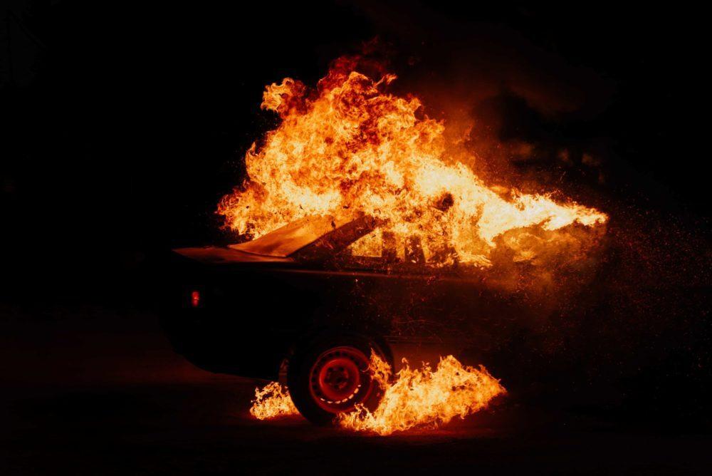 Abortusvoorstanders steken auto van pro-life journalist in de brand