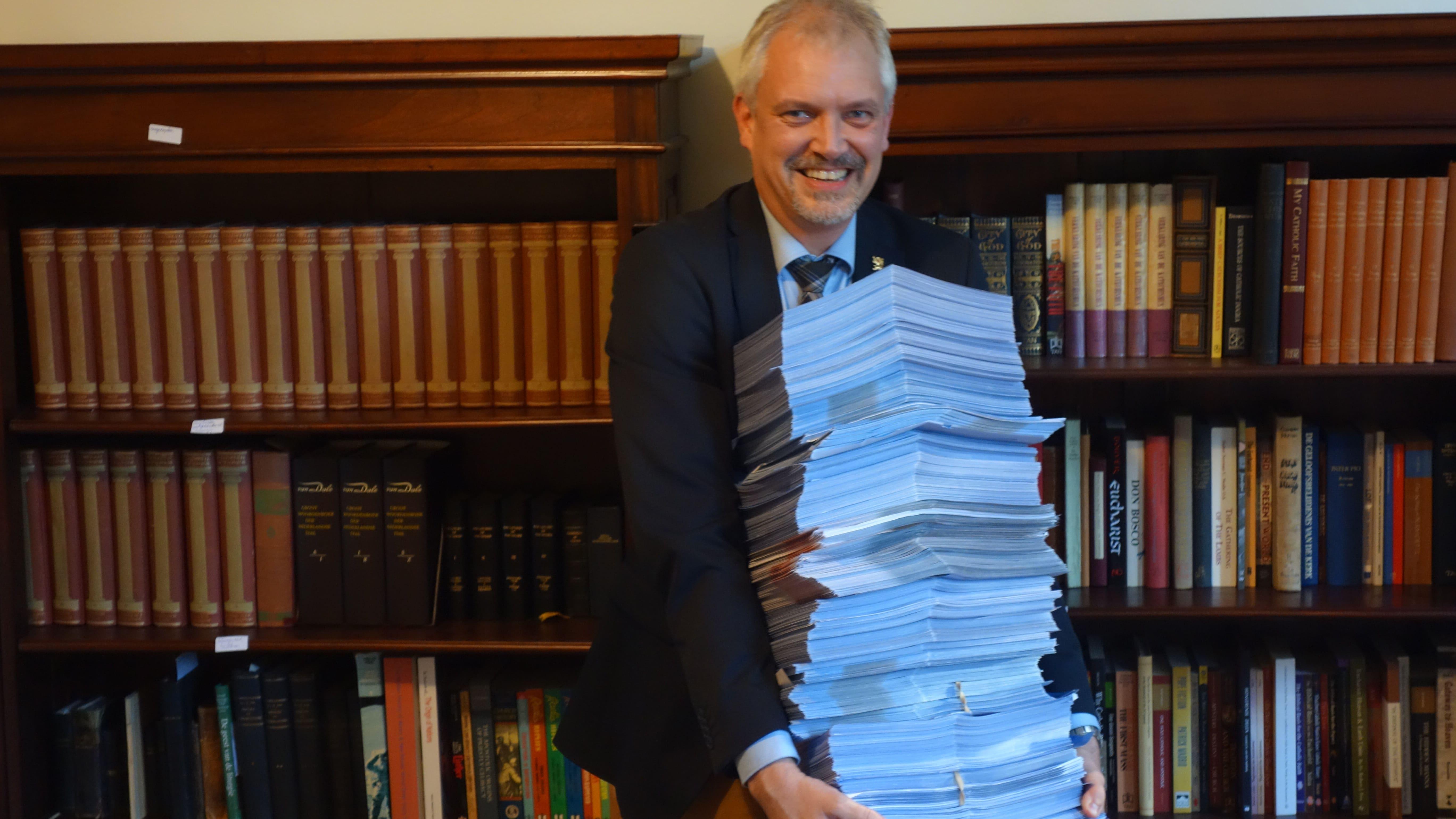 Burgemeester Hamming weigert Zwarte Piet-petitie aan te nemen