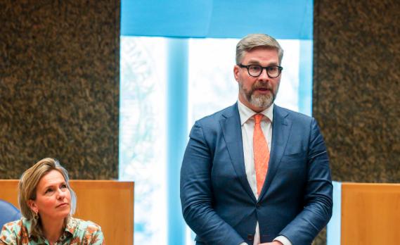 D66-Kamerlid Sidney Smeets in opspraak door benaderen van minderjarige jongens