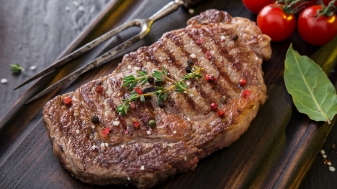 6 redenen waarom vlees eten goed en deugdzaam is