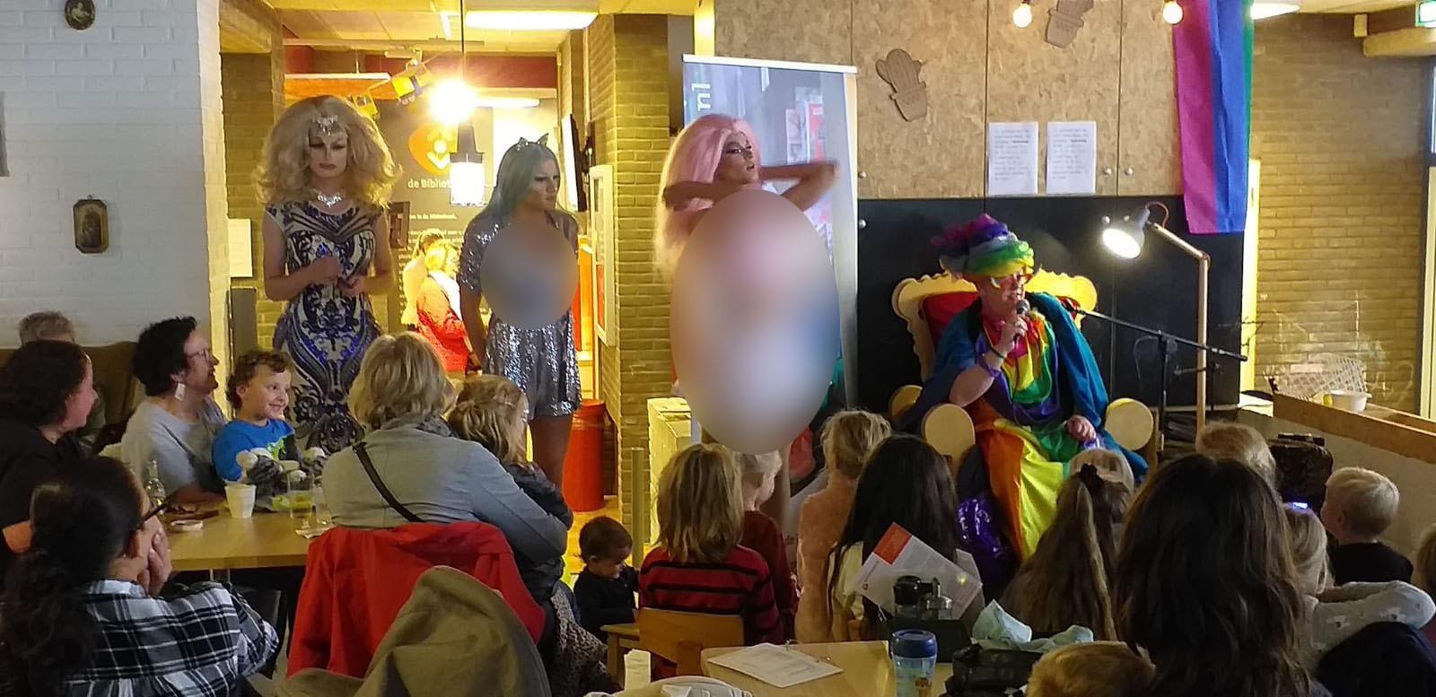 Weerzinwekkend: bibliotheek Enschede stelt kinderen bloot aan travestieten