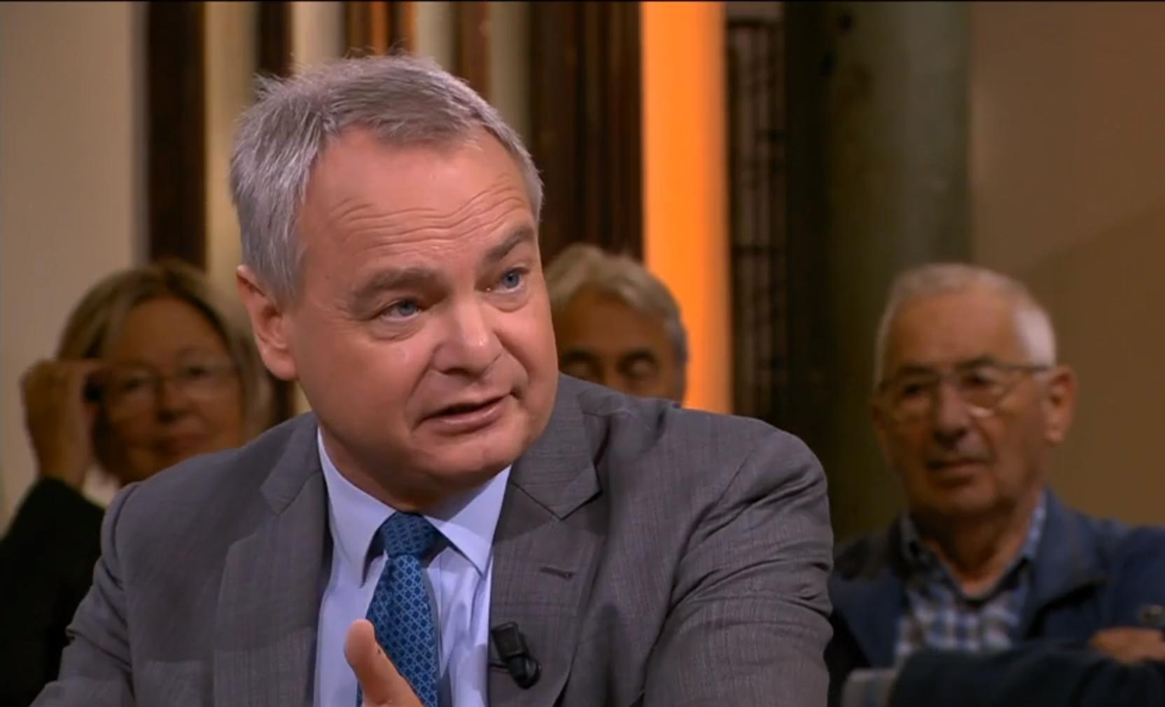 Ex-minister luidt noodklok: 'Nederlander draait op voor Italiaanse staatsschulden'