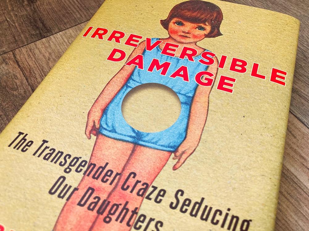 Weerstand groeit tegen de transgendermanie die kinderen de vernieling in stort