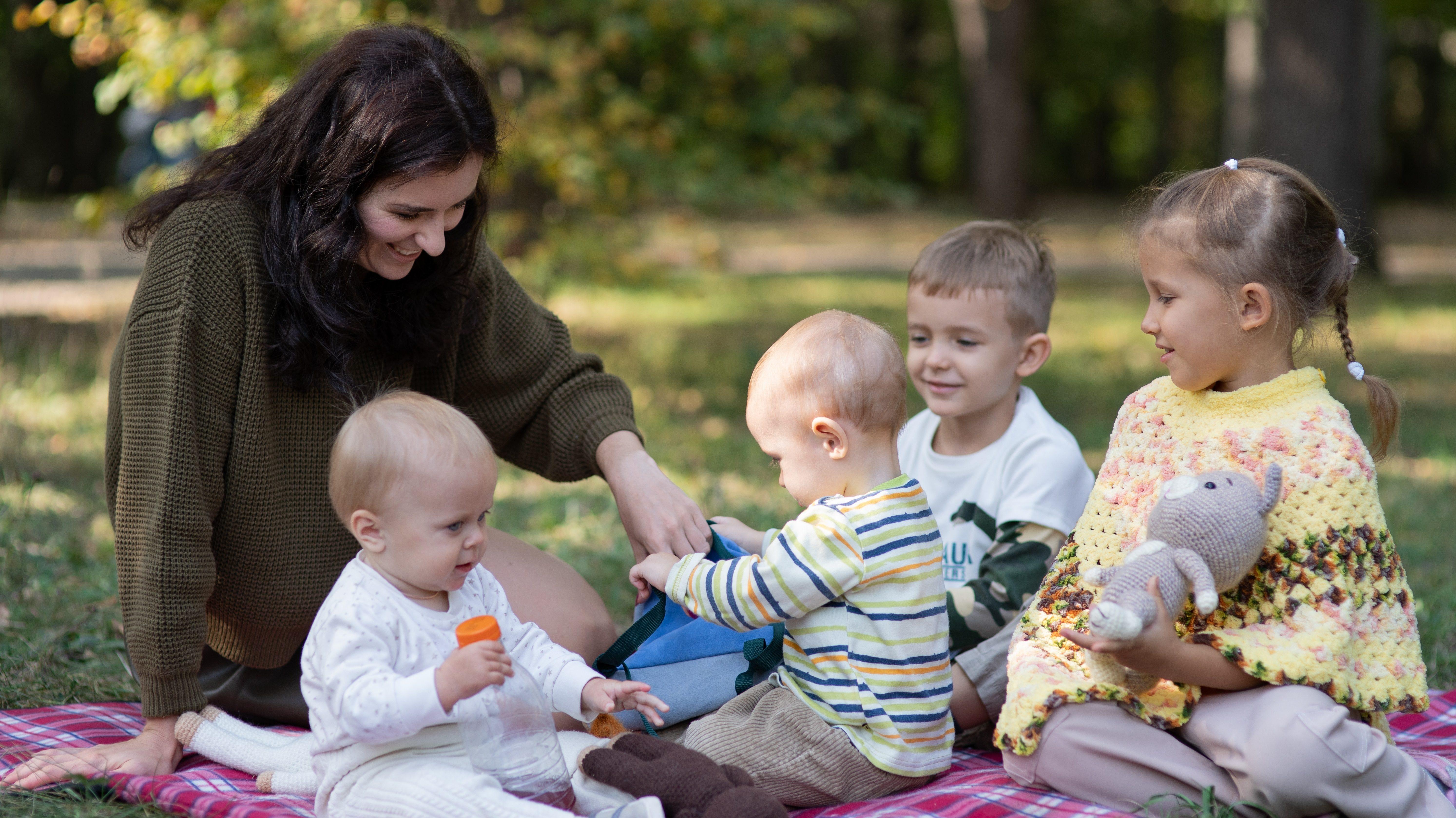 De sublieme roeping van de moeder als hart van het gezin
